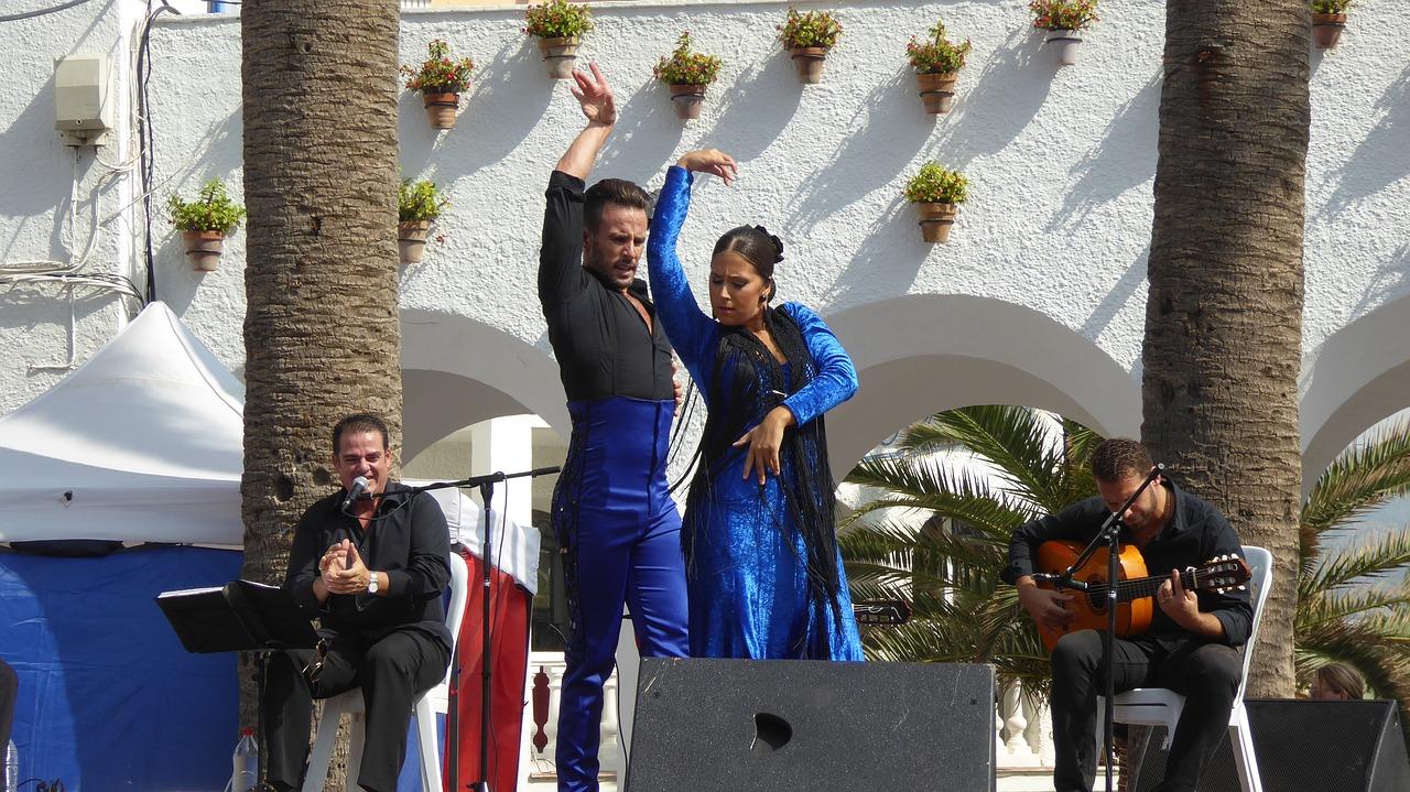 Para wykonuje piękny taniec - flamenco
